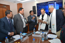 Shri Radha Mohan Singh launches Livestock Disease Forewarning –Mobile Application (LDF-Mobile App)